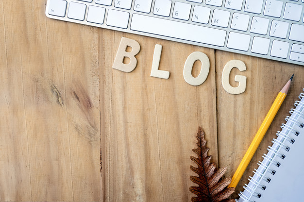 What are top 10 Blogging Ideas?